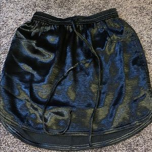Silk skirt with pockets